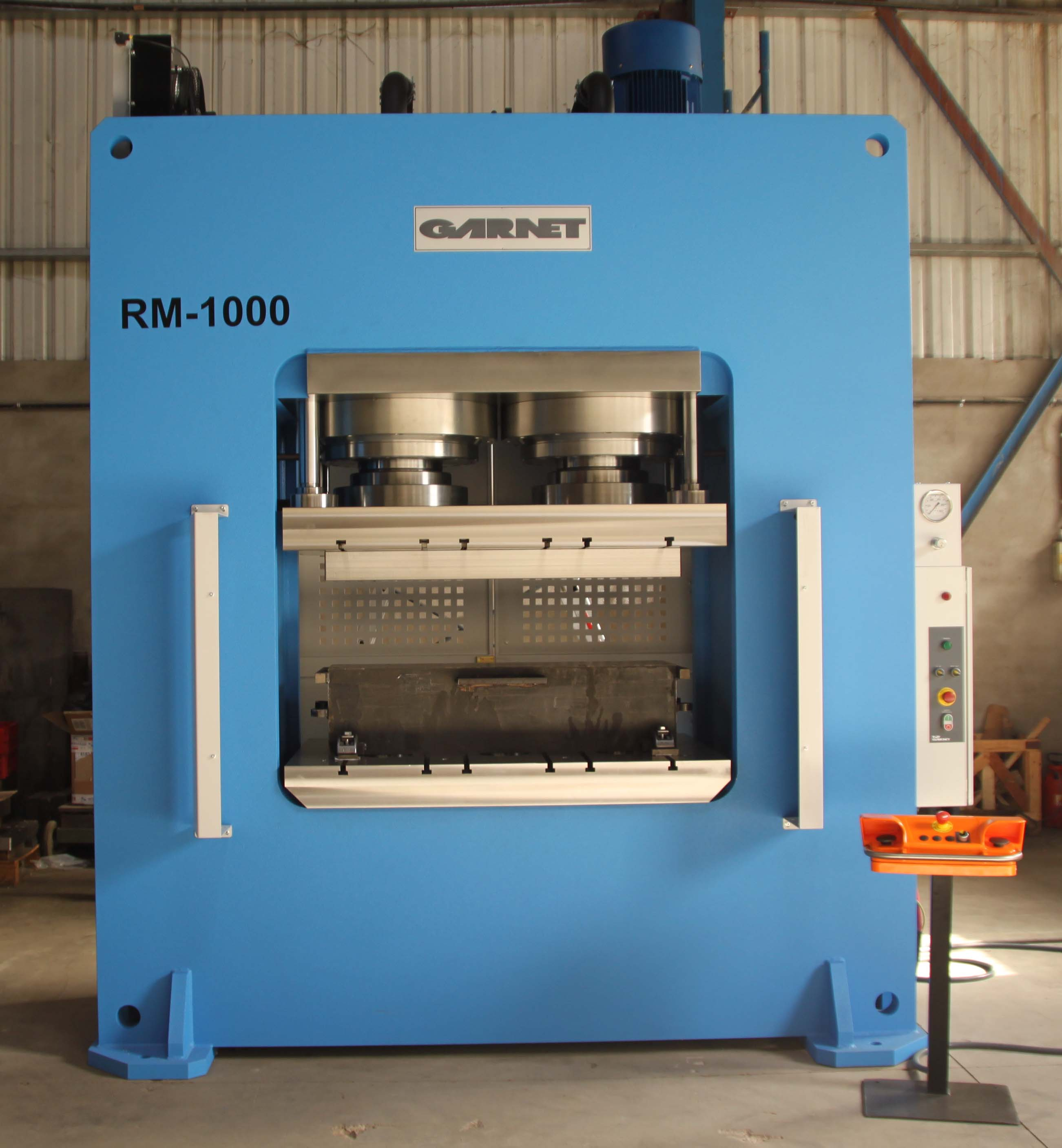 HIDROGARNE hydraulic press designed especially for cold forming