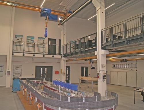 La Logística tanto en la práctica empresarial como en la investigación académica – Los puentes grúa ABUS en la Universidad Técnica de Hamburgo- Harburg, Alemania